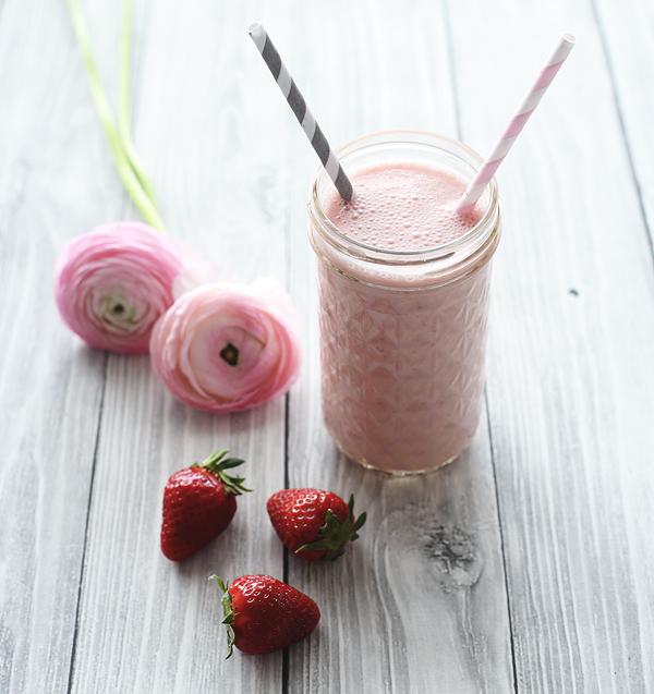 Shake Erdbeer Banane Griechischer Joghurt