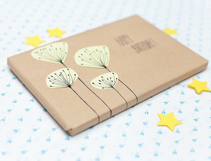 Geschenk hübsch verpacken Post-it Blumen Verpackungsidee