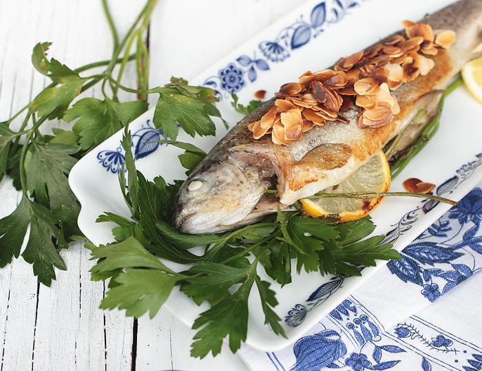 Forelle Müllerin Kartoffelwürfel glasierte Möhren Möhrchen