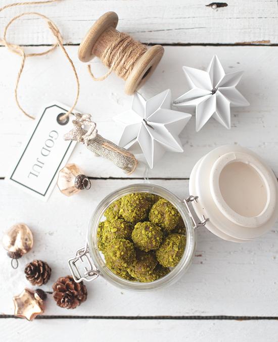 Geschenk aus der Küche: Pistazien-Pralinen - Puppenzimmer.com