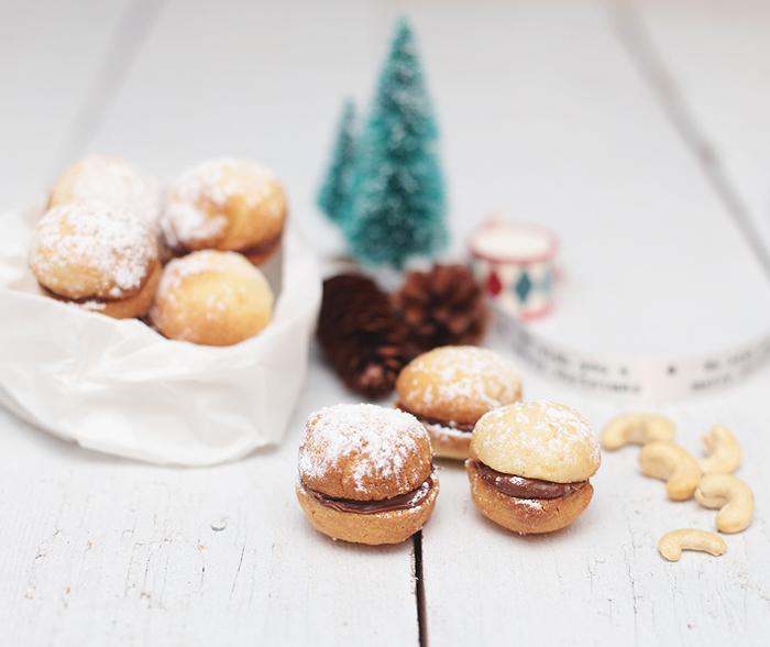 Schneekugeln Cashewkernen Nutella Plätzchen Weihnachten