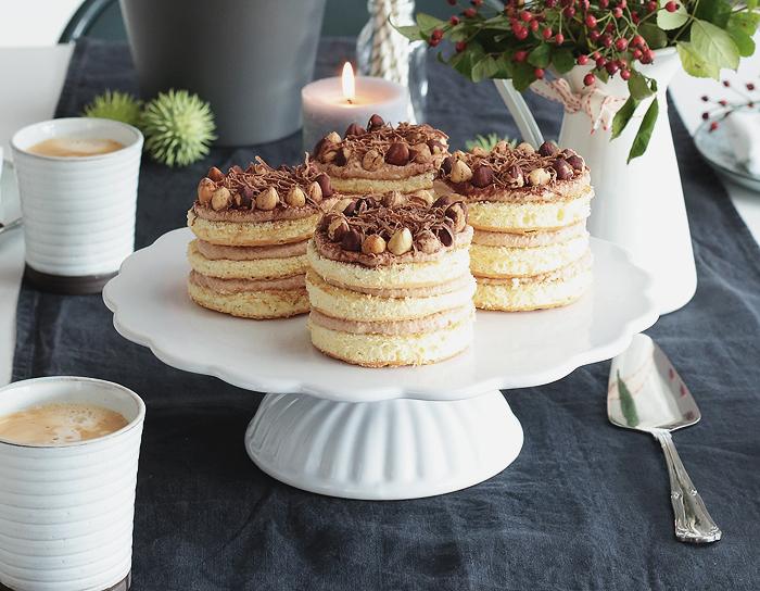 Naked Cake Nougat Törtchen für eine herbstliche Kaffeetafel Viba Nougatcreme