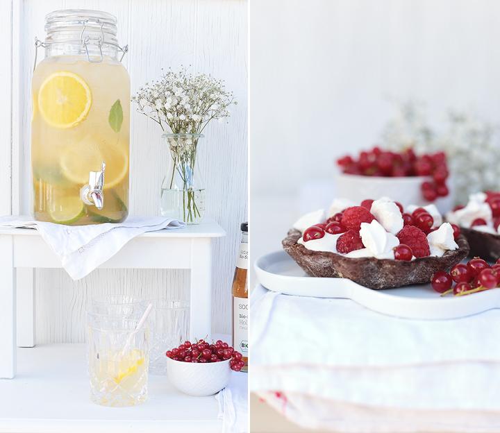 Sommertörtchen - Tartelettes mit frischen Beeren Johannisbeeren Himbeeren Mascarpone Baiser