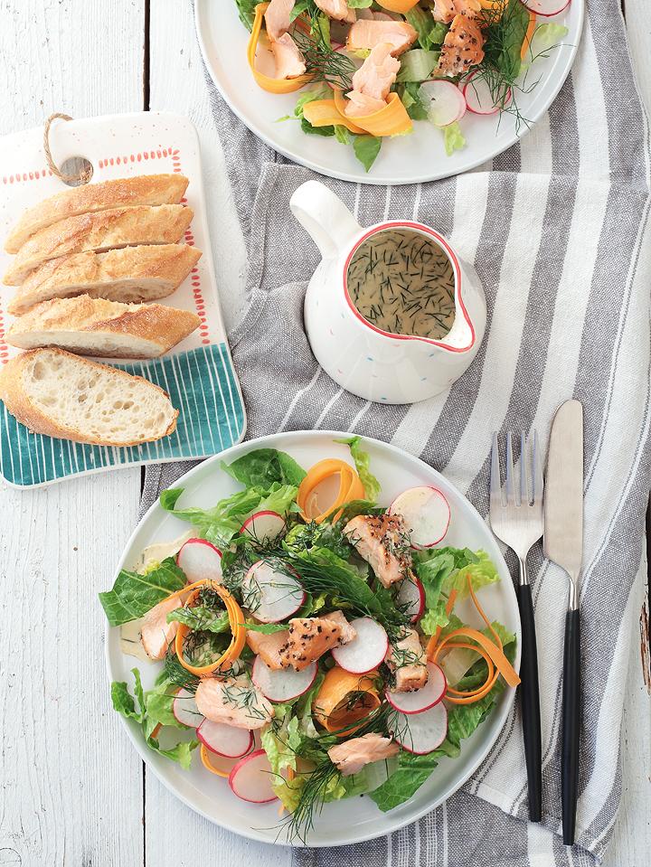 Salat mit Stremellachs und Senf-Dill-Dressing von Rachel Khoo Schweden in meiner Küche
